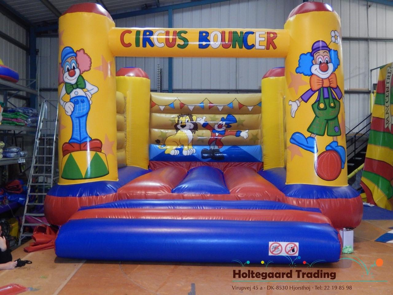 Hoppeborg 6 x 5 i cirkus tema